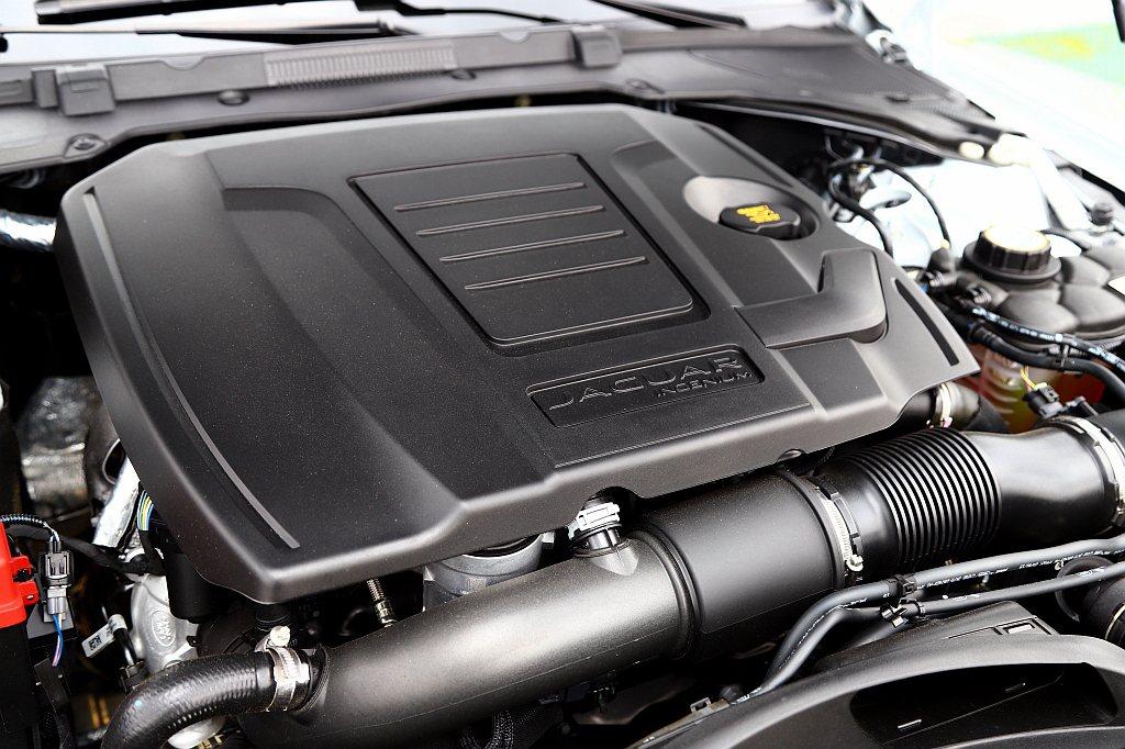 這具發展成熟的Ingenium 2.0L渦輪增壓引擎,能爆發300ps最大馬力和...