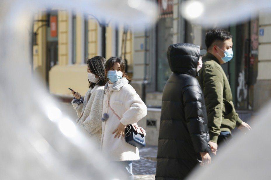 大陸新冠肺炎疫情趨緩,湖北省逐步解封。 (中新社)