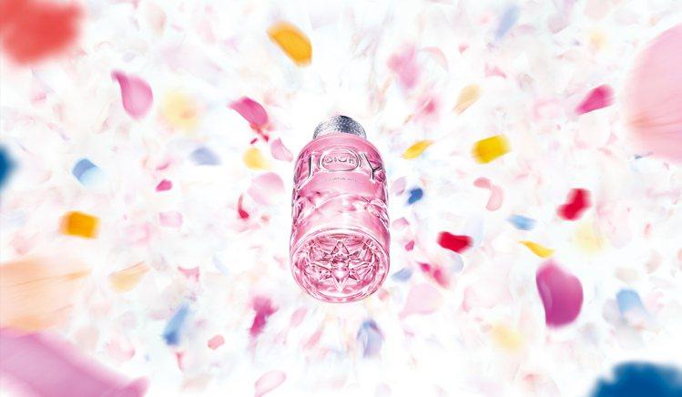 Dior迪奧JOY by Dior淡香精/50ml/4,200元。圖/迪奧提供