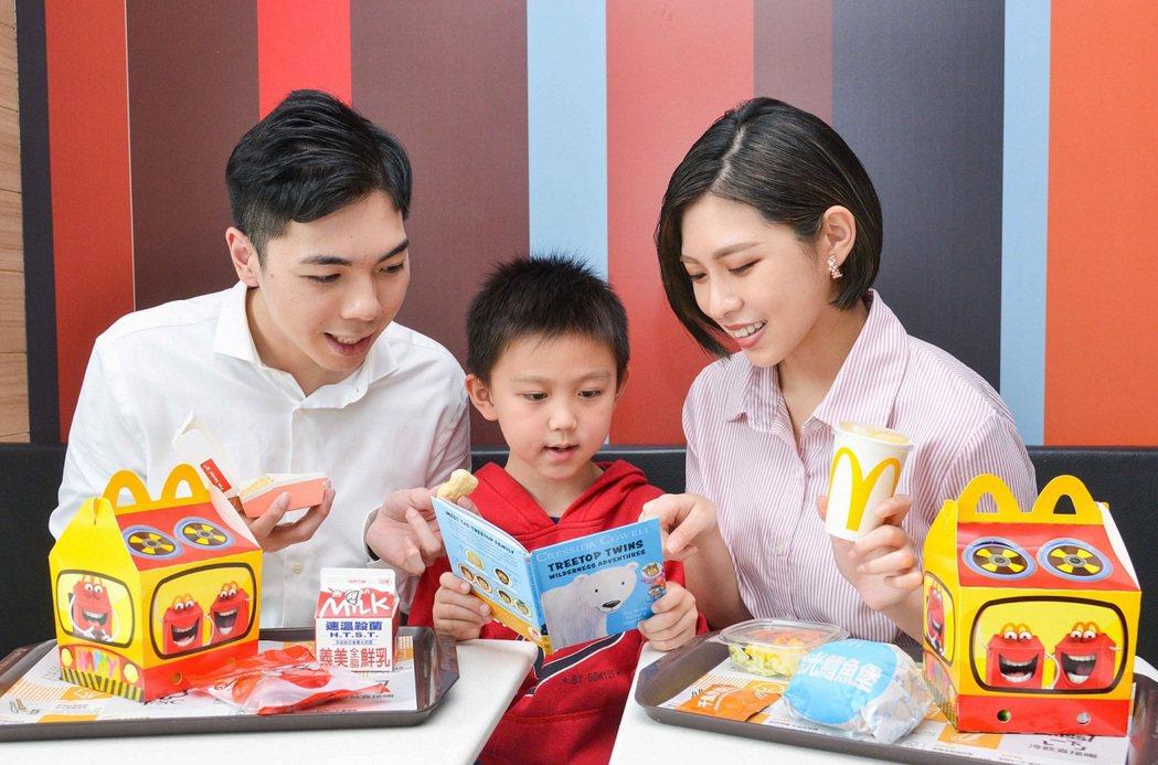 黃瑽寧醫師表示,親子共讀的關鍵在於「共」而不是「讀」,共讀須建立在快樂的時光體驗...