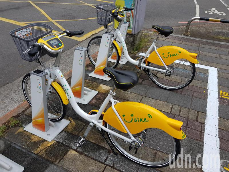 北市交通局1月15日在公館地區與台灣大學校內試辦公共自行車YouBike2.0,目前累計租借數已超過30萬次。記者翁浩然/攝影
