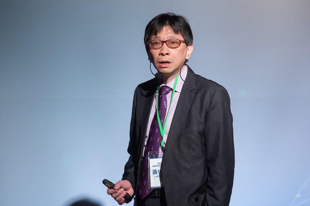 台北慈濟醫院胸腔內科主治醫師黃俊耀。 記者季相儒/攝影