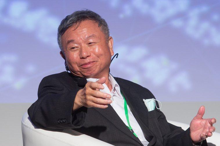 2020精準防癌高峰論壇昨天上午在台大集思國際會議廳舉行,前衛生署長楊志良座談。...