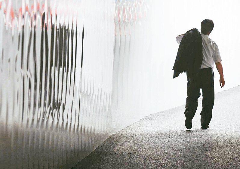 日本大阪統計發現,「孤獨死」近兩成是四十歲到未滿六十歲中壯年。 歐新社