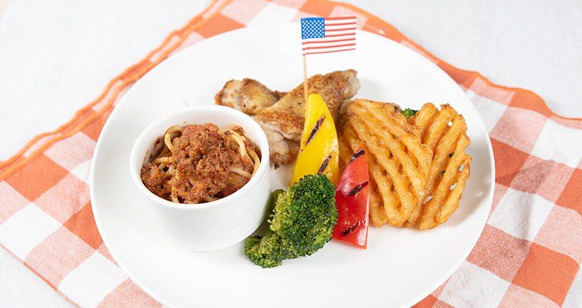 喜滋客廚房兒童餐-義式經典肉醬麵佐雞腿。排業者/提供