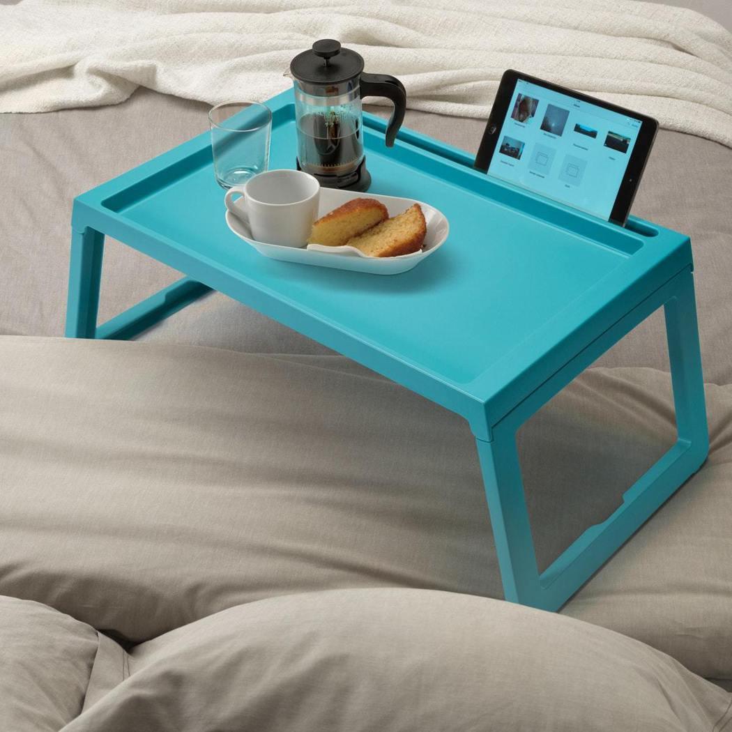 在床上工作也沒問題,KLIPSK床上托盤能助你舒適的使用電腦或閱讀書本,折疊式的...