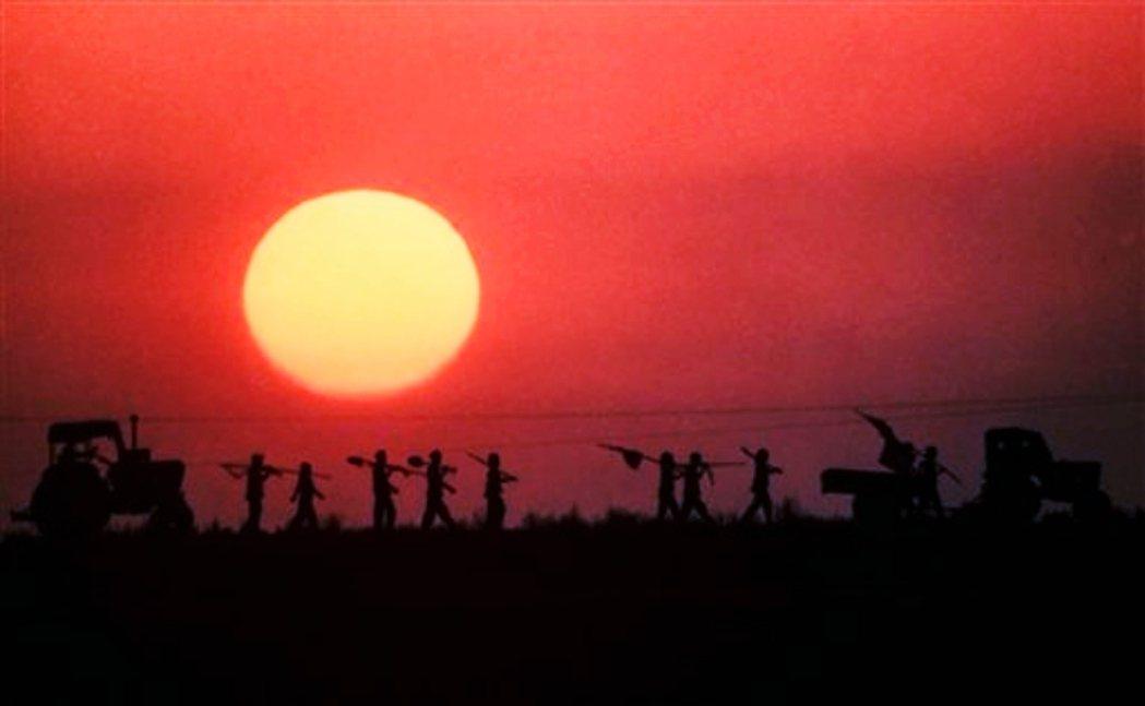 北韓大饑荒的「苦難的行軍」,是一段長達十年的無力與絕望。官方的說法是起自一九九四...