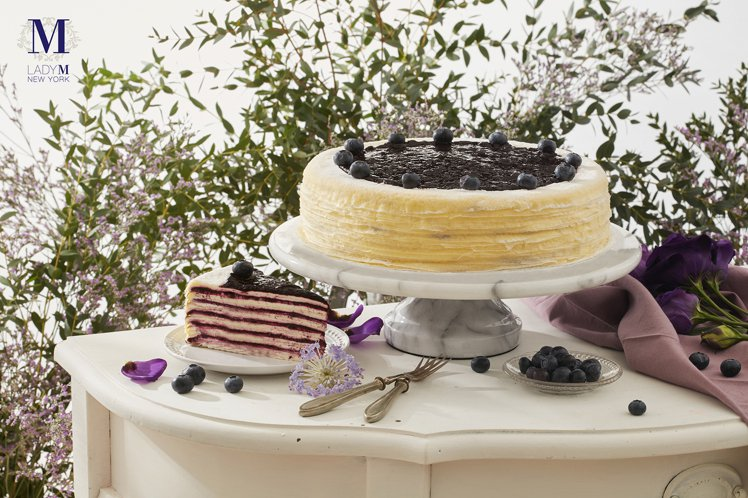 Lady M自4月1日起,新推出「藍莓起司千層蛋糕」。圖/Lady M提供