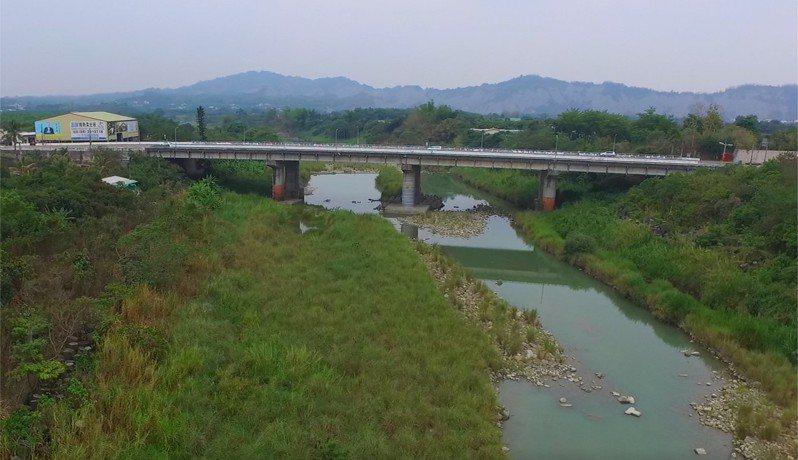 台20線台南玉井橋改建,將封閉一半路面施工。圖/謝忠和提供