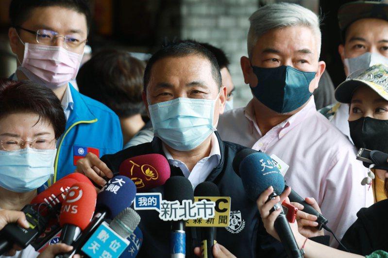 新北市長侯友宜表示,新北超前部署防疫措施皆有做到位。記者胡瑞玲/攝影