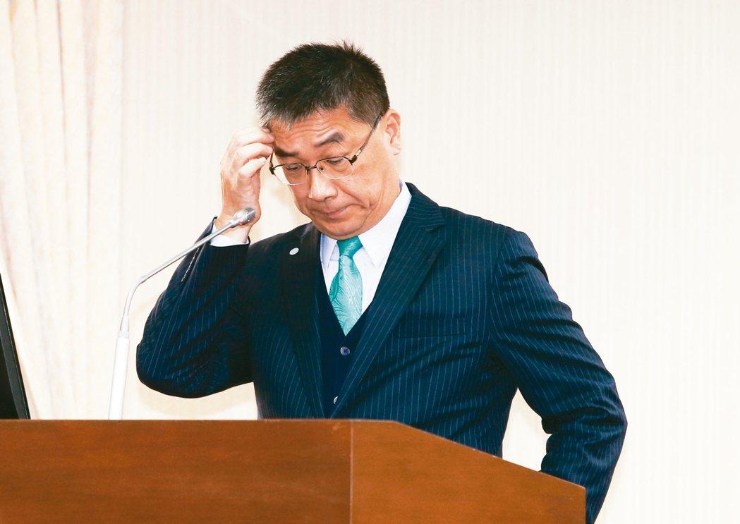 內政部長徐國勇(見圖)將警政署長陳家欽送辦,引發人事鬥爭風暴。 記者曾原信攝