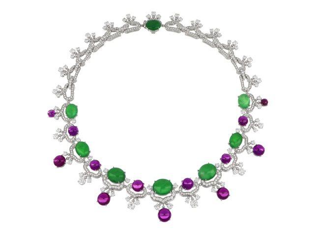 BVLGARI頂級翡翠、紫石榴石與鑽石項鍊,白K金鑲嵌8顆蛋面形切割翡翠共約41...