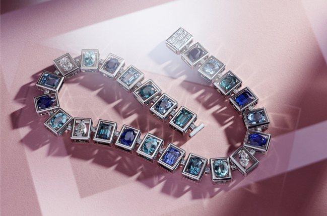 Tiffany Jewel Box高級珠寶系列Frame主題鉑金項鍊,鑲嵌逾36...