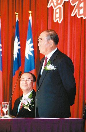 1995年郝柏村與林洋港搭檔參選正副總統。 圖/聯合報系資料照片