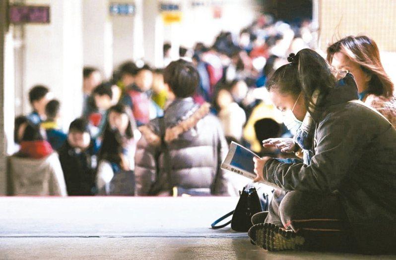 大學「個人申請」今年有7萬1249人通過篩選,通過篩選率81.72%,比去年增加3.11個百分點。 圖/聯合報系資料照片