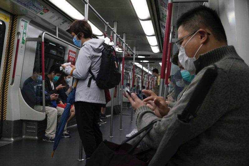 香港今天新增4起新冠肺炎確診病例。 路透社