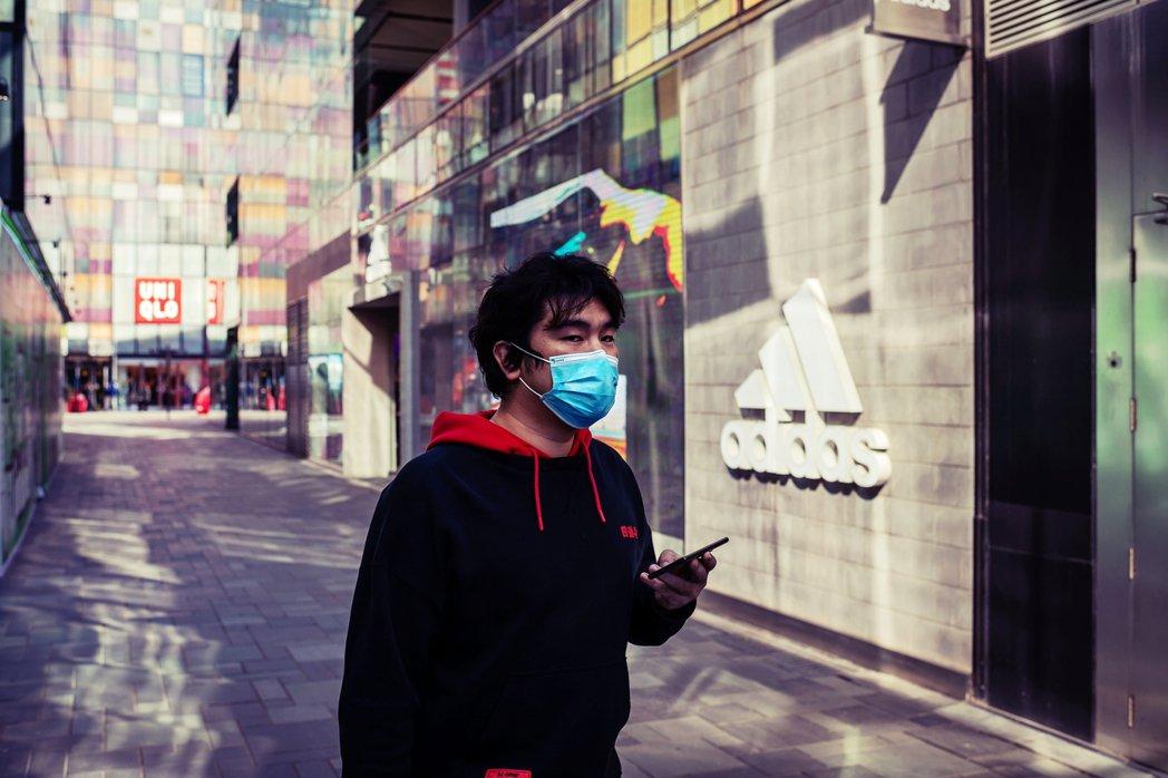 防疫就是佔便宜?德國防疫紓困與 Adidas「凍繳店租」的貪財風波 | 轉角國際 udn Global