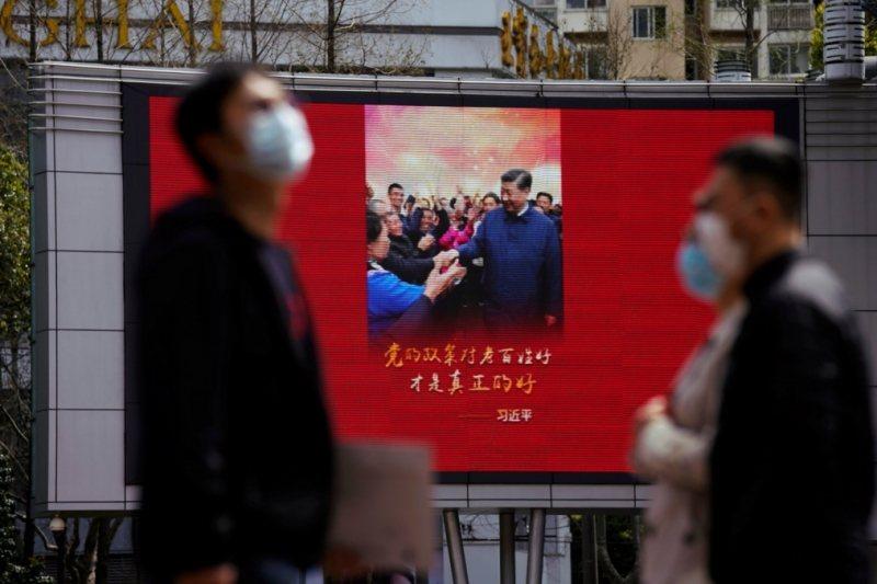 人口與病亡人數眾多、高官政要也最多的全中國,迄今竟然沒有任何高官政要確診。 圖/路透社