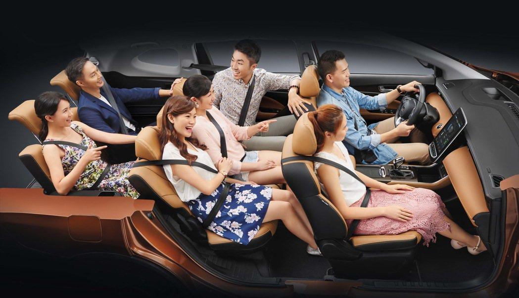 LUXGEN URX七人座ARD智行款全新登場,提供大家庭更親民的選擇。 圖/納...