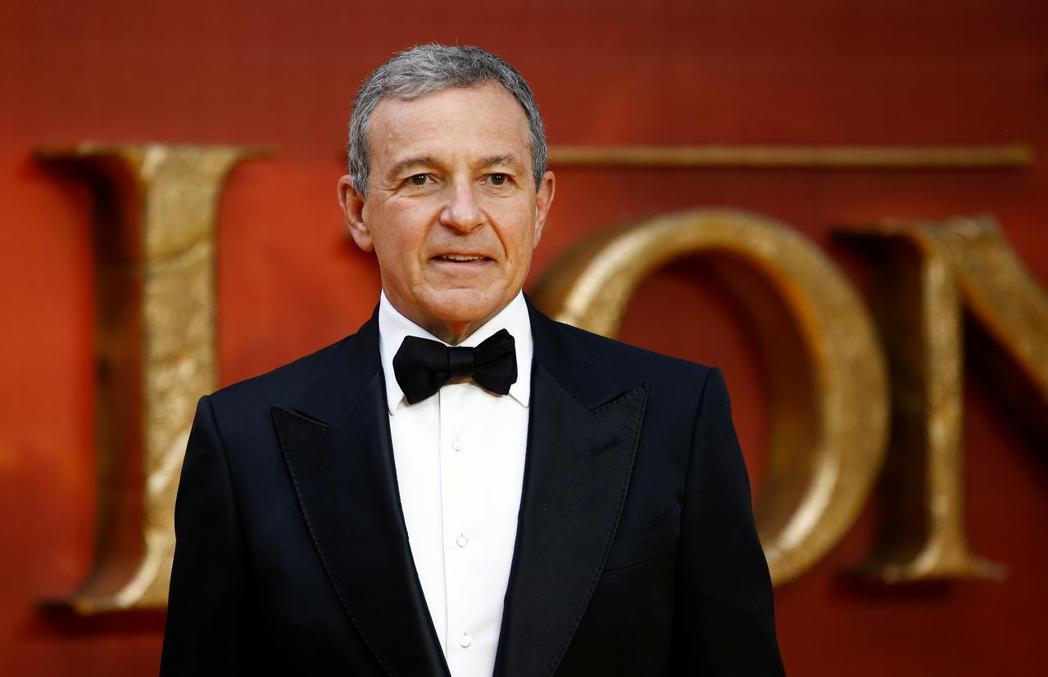 迪士尼執行董事長鮑伯艾格將放棄薪資陪公司度過難關。圖/路透資料照片