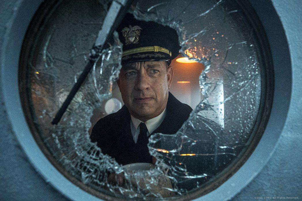 湯姆漢克斯新片「怒海戰艦」,檔期又要延後。圖/索尼提供