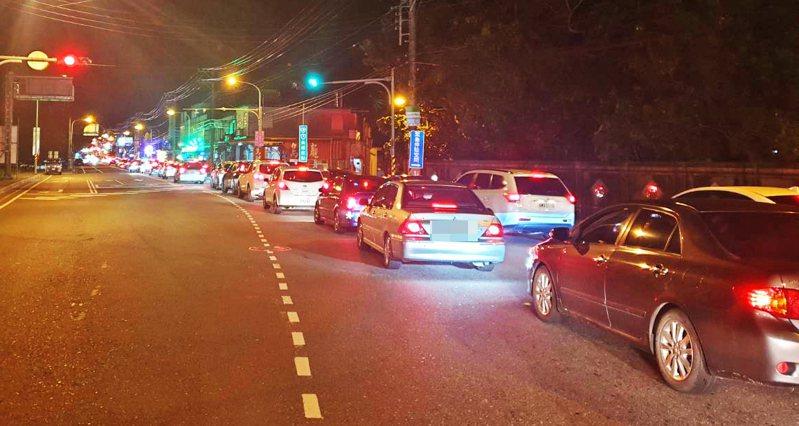 清明連假,國五與蘇花改交通將因龐大車潮,再面臨大考驗,宜蘭縣警察局預估使用警力2520人次、民力480人次,全力投入國五、蘇花改等交通維護。圖/宜蘭縣警察局提供