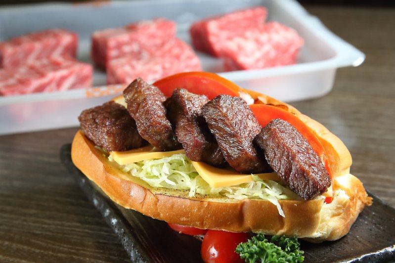 「美國達拉斯Prime牛排」加工後,可製作成豪華的牛排堡。記者陳睿中/攝影