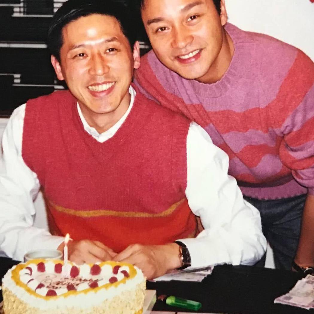 唐鶴德(左)每一年都會固定悼念摯愛張國榮。圖/摘自IG