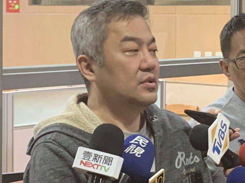 張綱維交保後說,希望社會關心航空旅遊業。記者王聖藜/攝影
