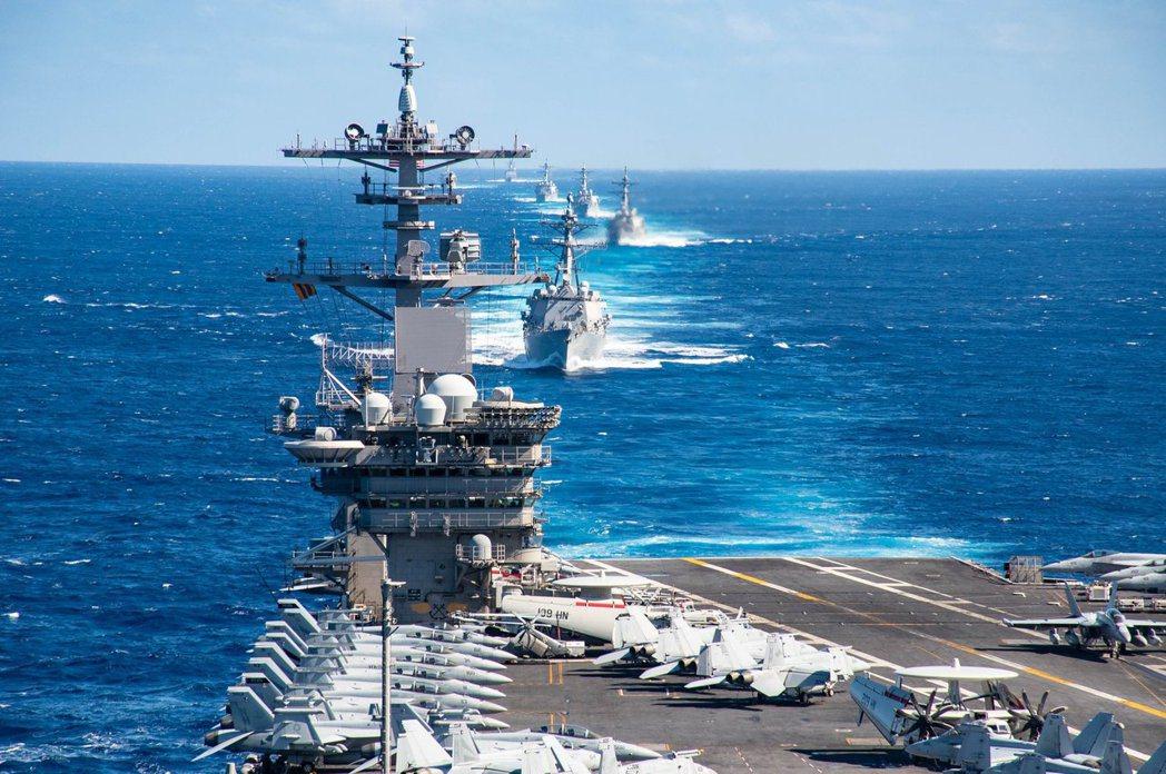 「防疫的安排,並不只是『大家趕緊下船』就好了。」 圖/美國國防部