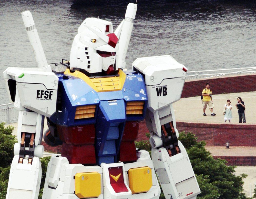 崇尚巨大化的機器人,是象徵著人們對於科學力量的信仰,一個可以被人類掌握操控、蘊含...