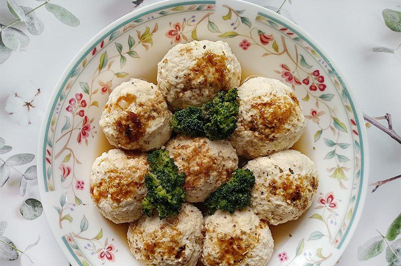 【食譜】清蒸豆腐雞肉丸。電鍋低醣低脂料理