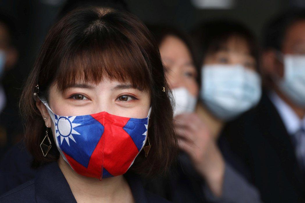 英媒引述官員談話報導,台灣正協商捐贈口罩給歐盟。 (路透)