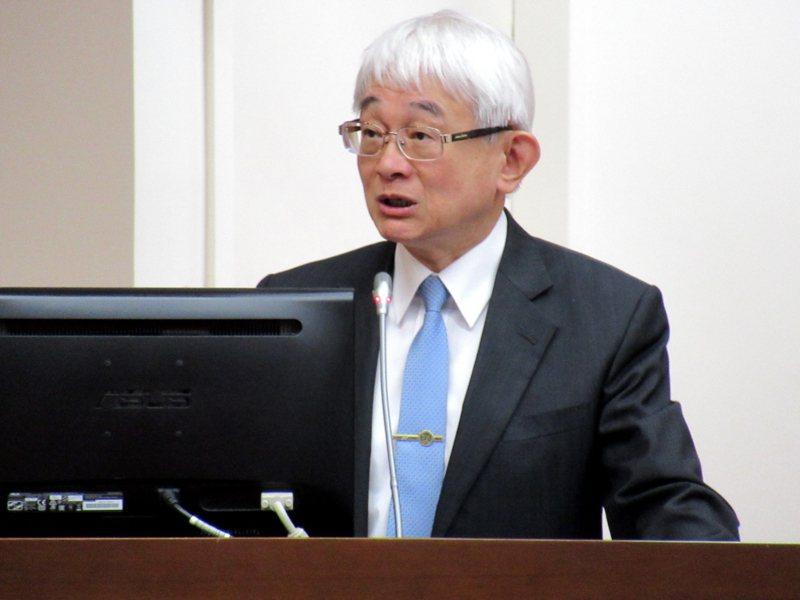 最高法院院長鄭玉山兩周前遭司法高層面談後,只能選擇提前退休。記者王宏舜/攝影