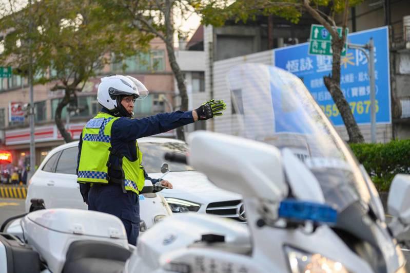 因應清明連假,台中市警局交通大隊規劃相關的交通疏導、警力部署措施,希望能讓市民、遊客交通順暢。圖/台中市警局提供