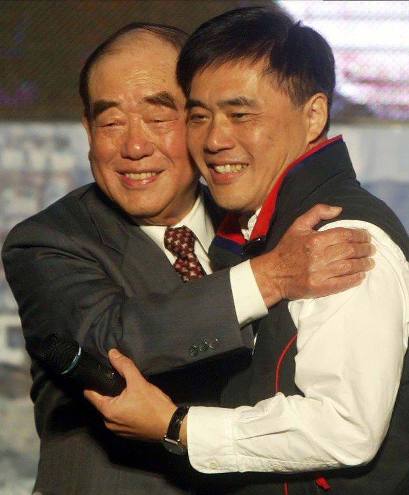 行政院前院長郝柏村與國民黨前副主席郝龍斌。本報資料照片