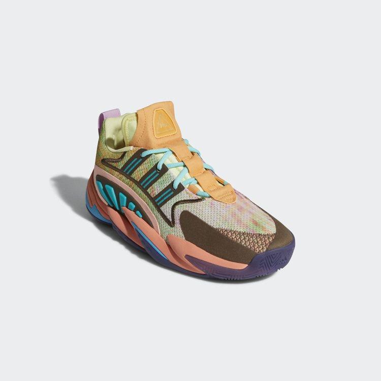 adidas與P董聯名推出全新CRAZY BYW 2.0聯名籃球鞋4,990元。...
