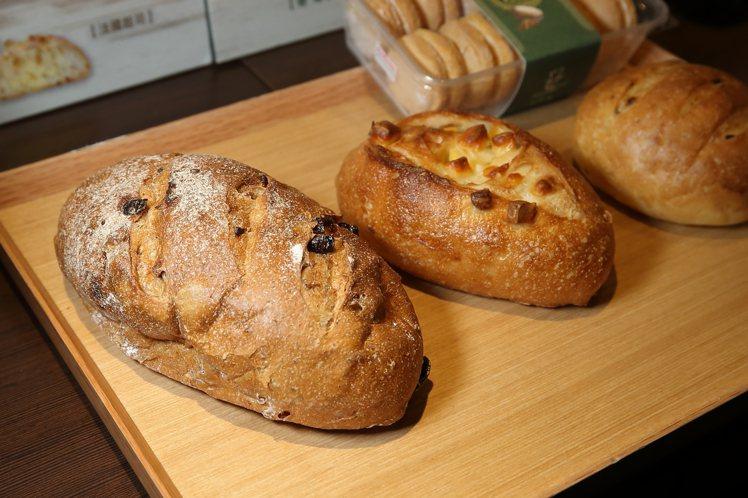 哈肯舖的多款歐式麵包,適合當作早餐享用。記者陳睿中/攝影