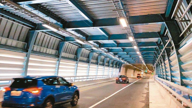 公總表示,清明假期開始試辦提高蘇花改速限至70公里,且預計上半年就會訂出最低速限50公里。 圖/聯合報系資料照片
