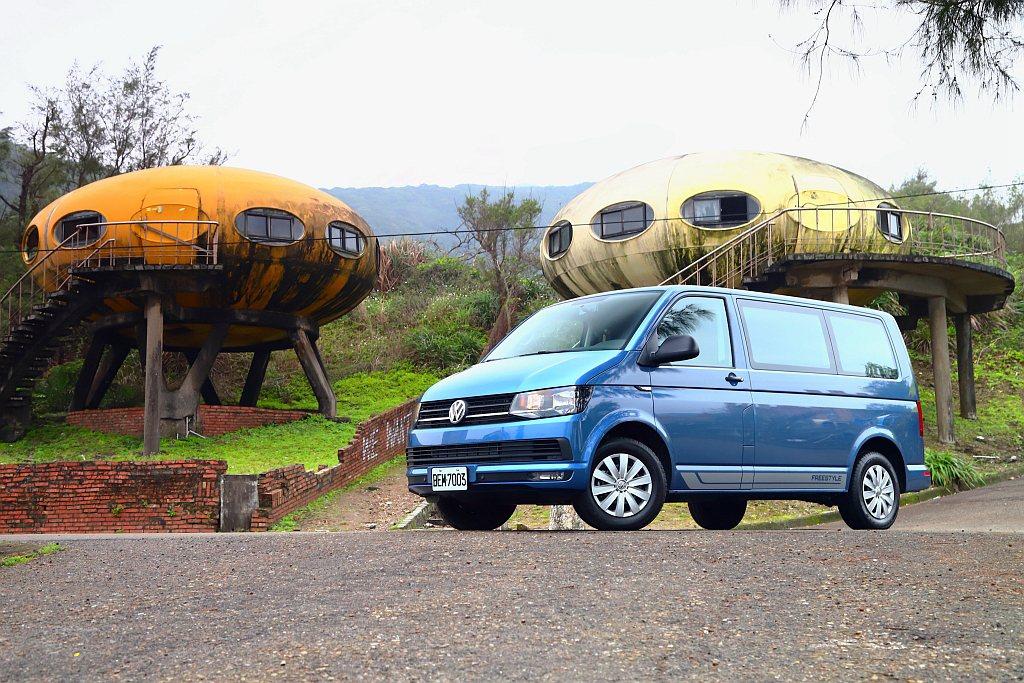 福斯商旅T6 Freestyle不只能露營,還有更多元的使用機能,就是行車安全配...