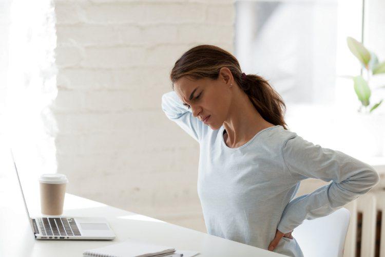 青少年久坐時間增加,會提高罹患憂鬱風險。圖/常春提供