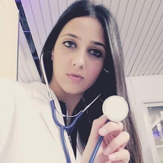 義大利年輕女醫師卡蘭塔被男友懷疑傳染新冠病毒而遭到殺害。取自臉書