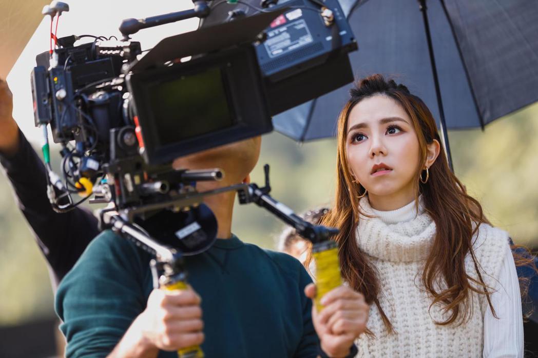 鄧紫棋表示非常喜歡電影,讓她想起以往的故事。圖/華映提供