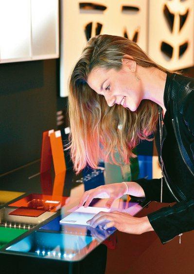 寶克力®材質啟發創新設計,德國紅點設計博物館曾為此擁有逾80年歷史的傳奇材料舉辦...