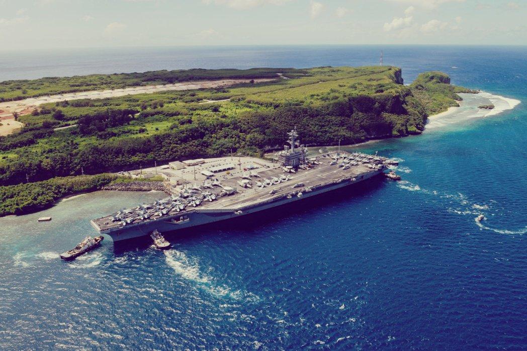 包括艦上官兵與美國媒體,輿論大多都認為:「軍方高層就是怕事欠電」,不然沒道理之前...