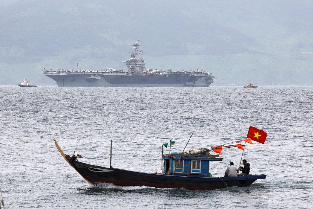 羅斯福號的武漢肺炎事件,目前判斷是3月4~9日停靠於越南峴港、進行敦睦交流時,遭...
