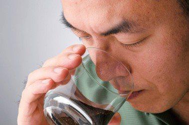 【選讀】圖解!日本咖啡之神的秘訣:杯測紀錄,是更接近「職人」的練習