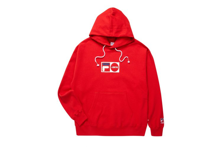 FILA東京配信系列連帽上衣3,980元。圖/FILA提供