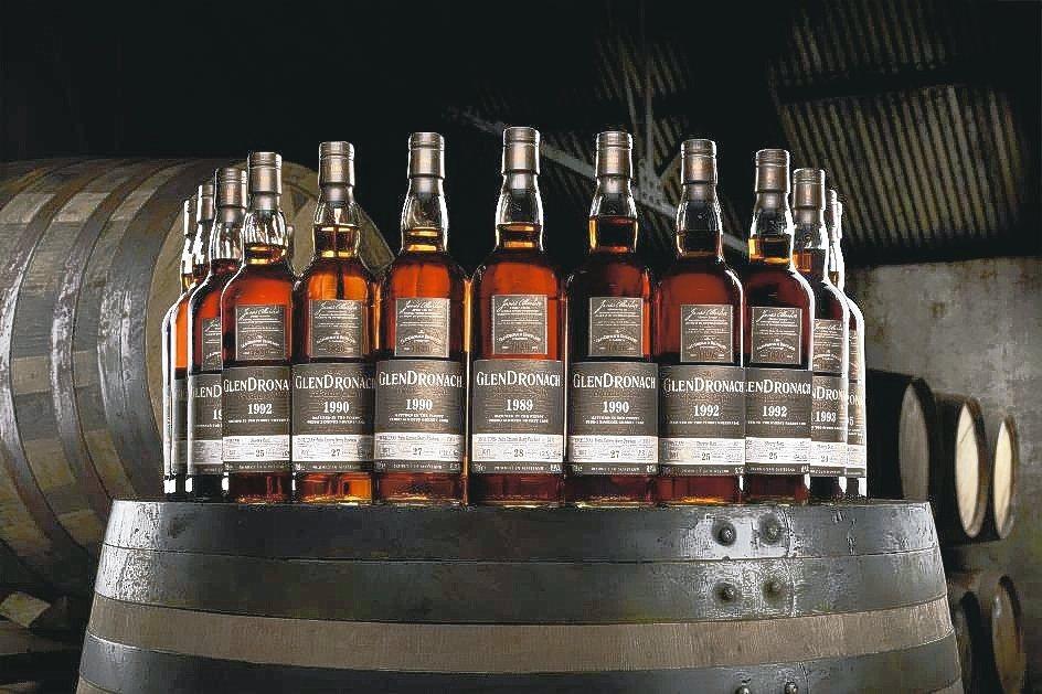 格蘭多納精選數桶單桶獻給台灣酒迷,有來自1992年#5861桶、1993年#58...