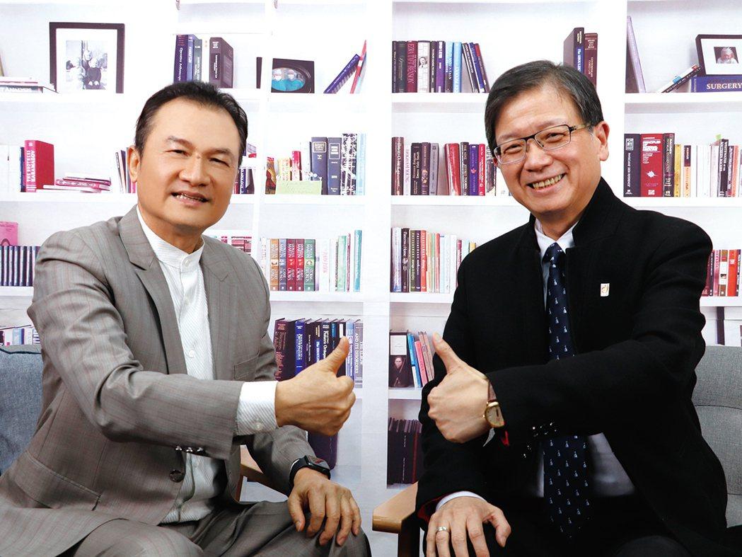 理財周刊發行人洪寶山(左)、任立中(右)